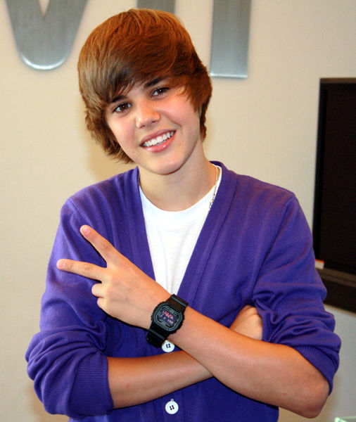 Another Celebrity Prepaid Debit Card: Justin Bieber SpendSmart Card